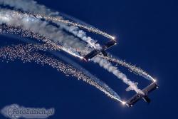 Fireflies Aerobatic Display Team Vans RV 4 2120