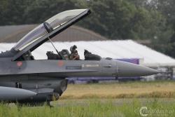 F 16BM OCU tai 9924