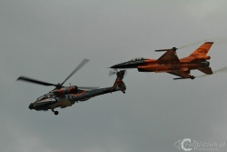 F 16 AH 64 D IMG 1120