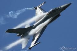 F 16 solo display IMG 4542