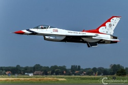 U S A F Thunderbirds 5892