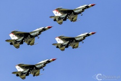 U S A F Thunderbirds 6017
