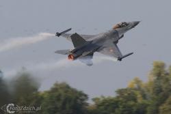 F 16 B IMG 3125