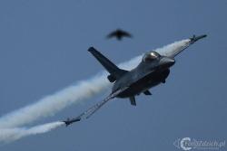 F 16 B IMG 5612