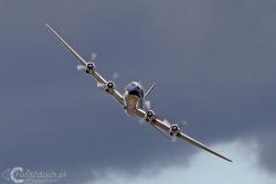 Douglas DC 6B  8863
