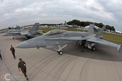 F 18 Hornet 6122