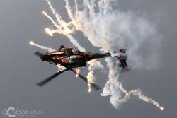 AH 64D Apache 7195