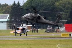 AH 64D Apache 8469