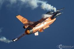 F 16 AM 2243