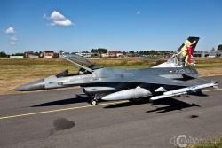 F 16 A 0858a