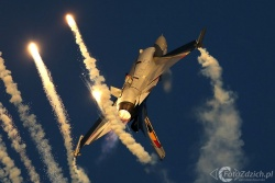 F 16 A 3831c