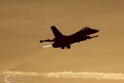F 16 A 3851