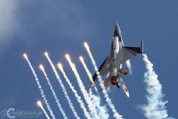 F 16 A 6669