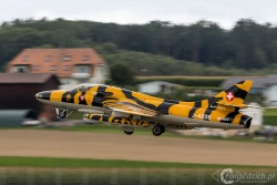 Hawker Hunter 7610