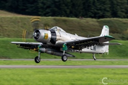 Douglas AD 4N Skyraider 6072