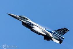 F 16 ZEUS 4085