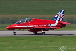 Red Arrows-Hawk T1 2282