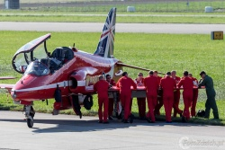 Red Arrows-Hawk T1 2744