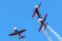 Royal Jordanian Falcons-Extra300L 2675