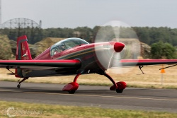 Royal Jordanian Falcons Extra300L 2595