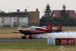 Royal Jordanian Falcons Extra300L 2648