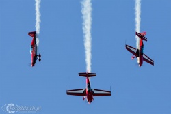 Royal Jordanian Falcons Extra300L 7273