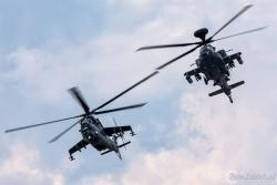 Mi 24V Hind_AH 64 Apache