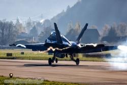01 F A 18C Hornet 2395