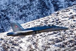 02 F A 18C Hornet 7884