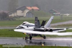 04 FA 18C Hornet 6402