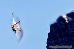 07 F A 18C Hornet 7720