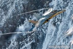 08 F A 18C Hornet 1827