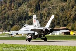10 F A 18C Hornet 3246