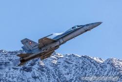 13 F A 18C Hornet 7822