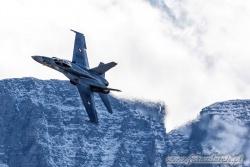 16 F A 18C Hornet 7705