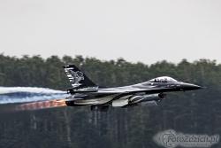 F 16 Dark Falcon Belgian 8451