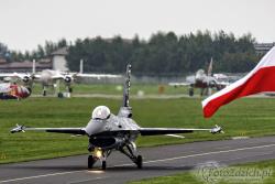 F 16 Dark Falcon Belgian 8586