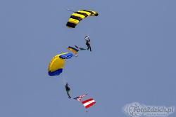 Parachute Team 1080