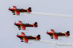 Royal Jordanian Falcons Extra 330LX 3344