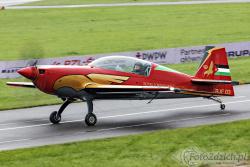 Royal Jordanian Falcons Extra 330LX 8651