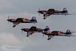 The Flying Bulls XtremeAir XA42 Sbach 342 9215